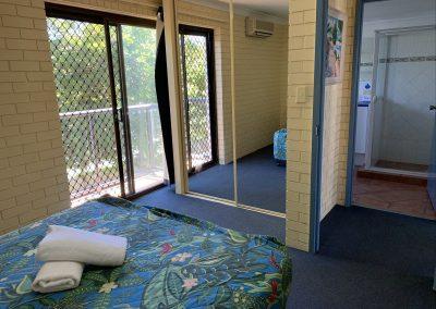 harbourside resort gold coast accommodation bedroom