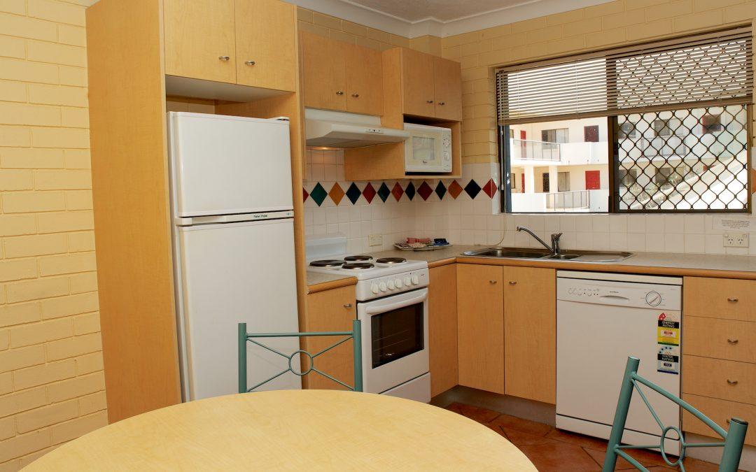 Harbourside Resort accommodation kitchen