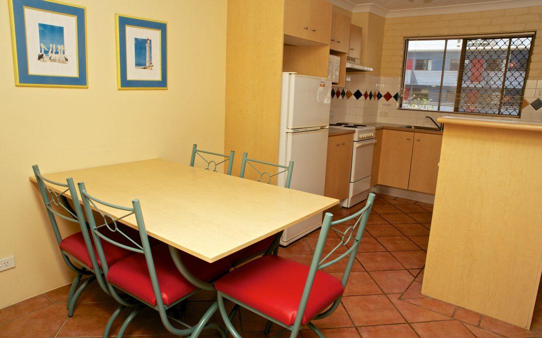Harbourside Resort accommodation dining