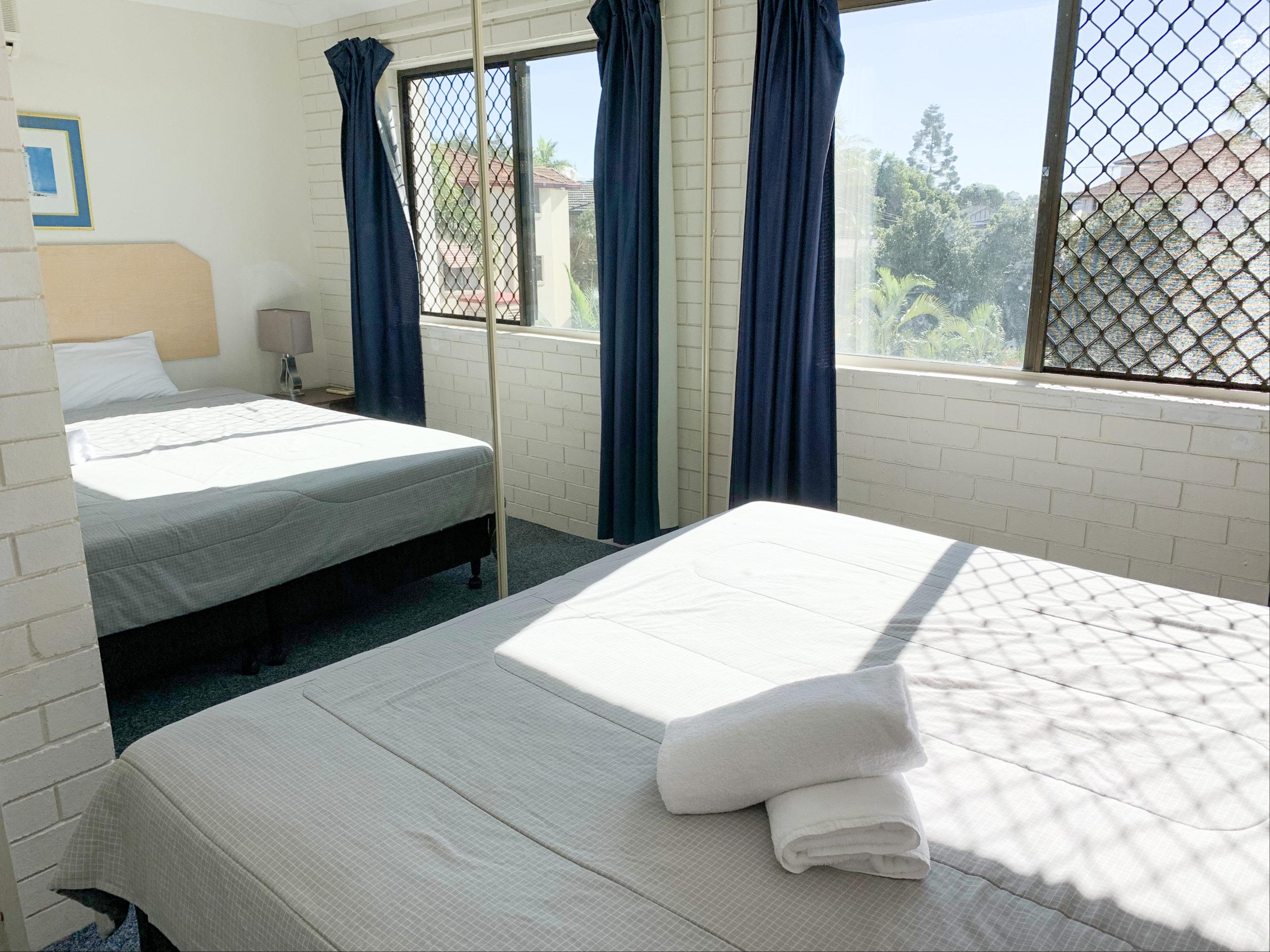 harbourside-resort-gold-coast-two-bedroom-apartment-bedroom